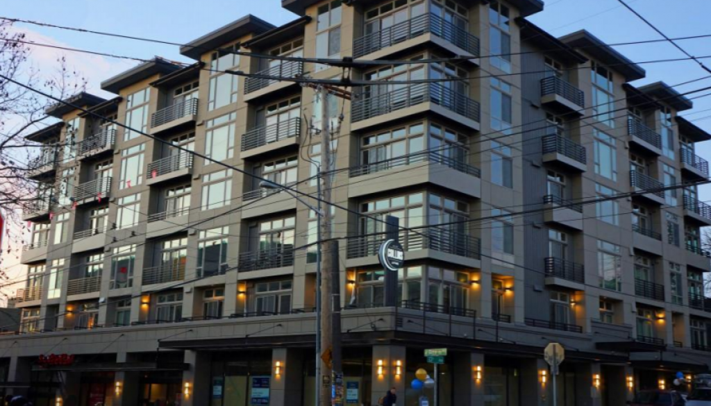 Collins-On-Pine-Apartments-Seattle-WA